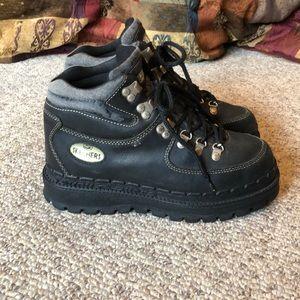 Vtg Skechers black lace up mega platform boots 8-9